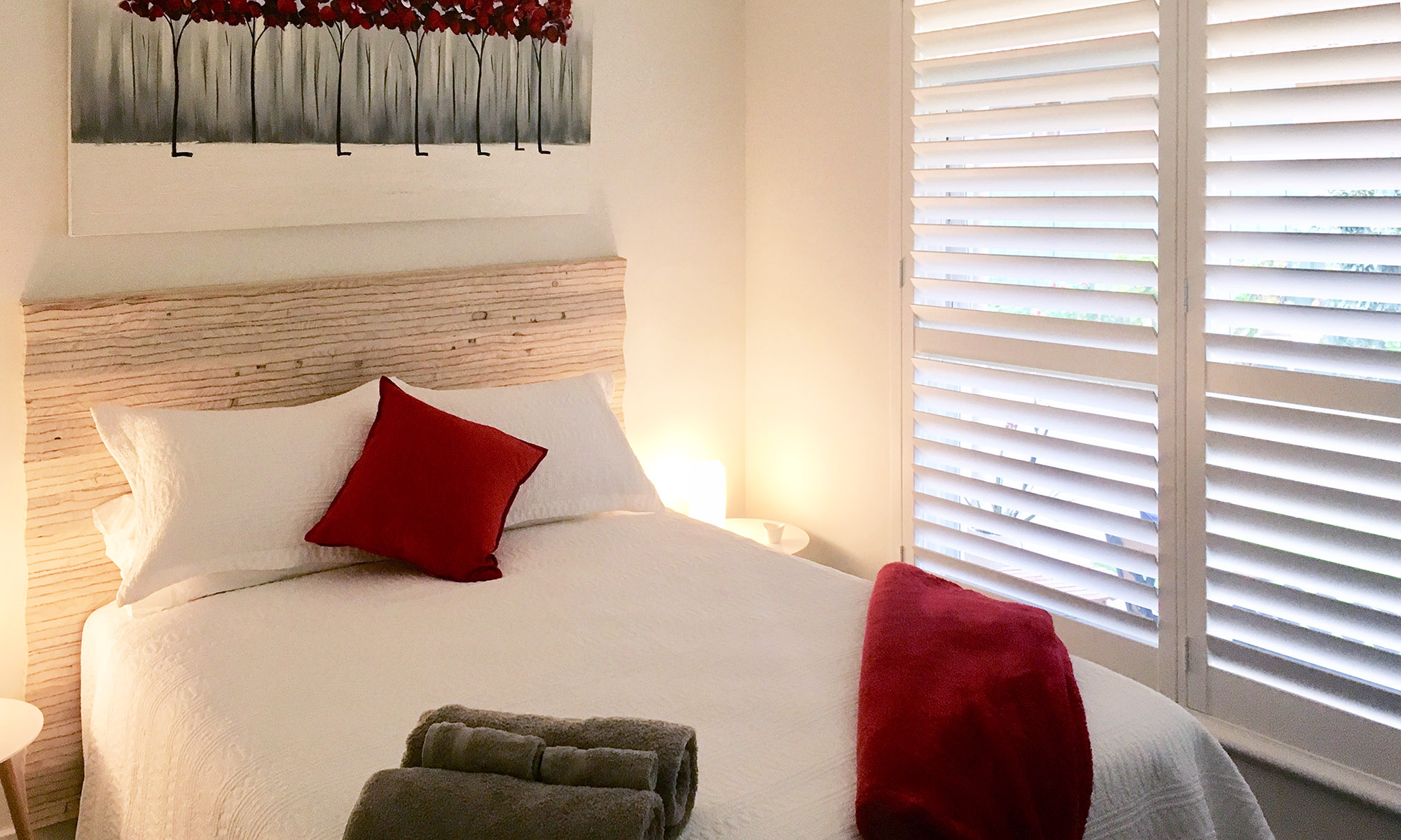 Adelaide beach holiday accommodation bedroom one