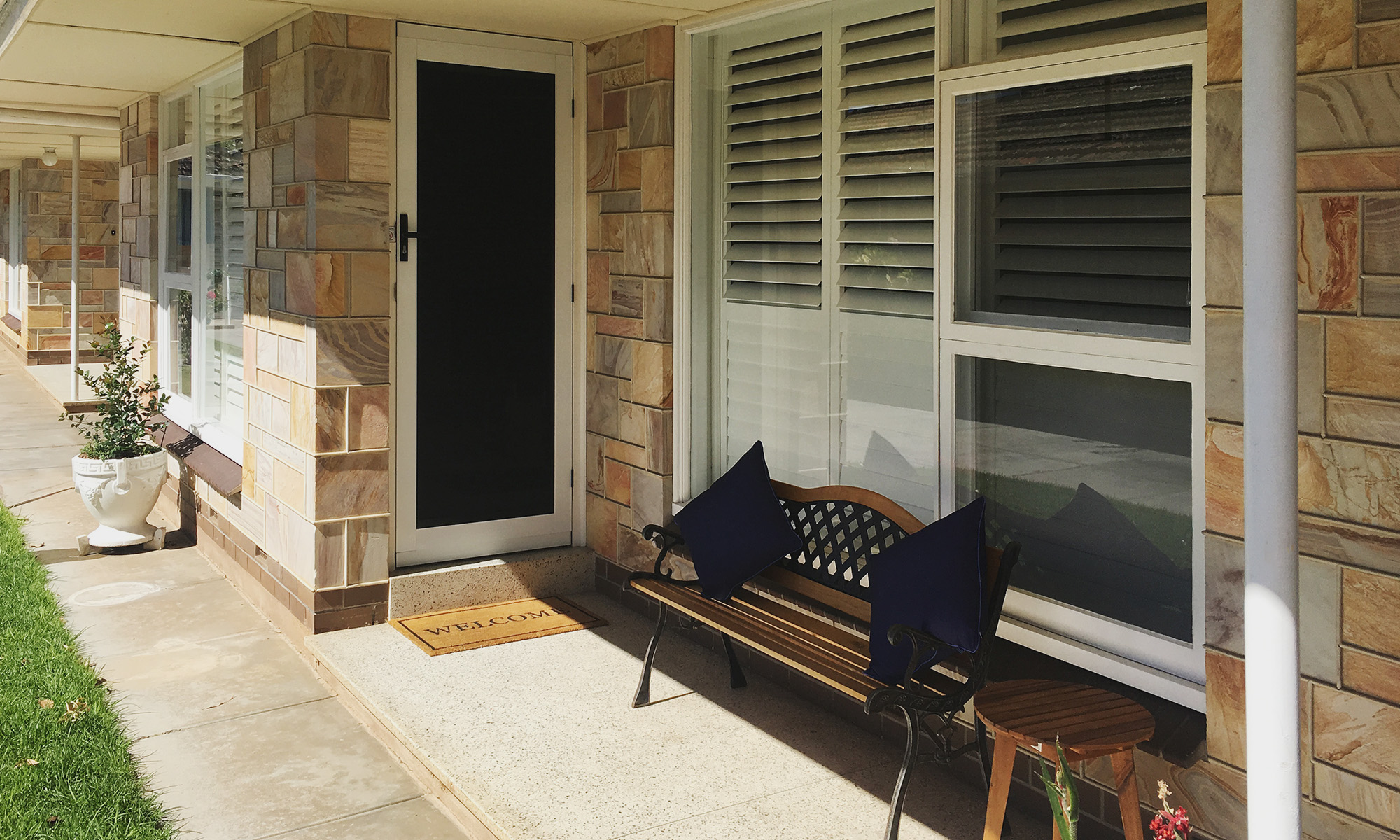 Adelaide beach holiday accommodation front door